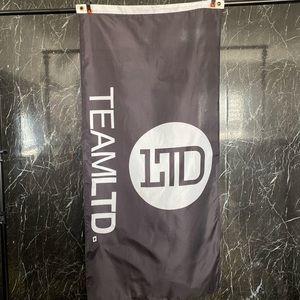 Team LTD black and white Flag